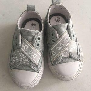 D&G toddler running shoes 20